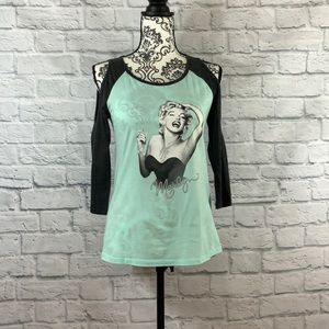 Marilyn Top Size Small